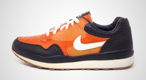 NIKE AIR SAFARI VNTG – MESA ORANGE/SAIL-BLACK TEA-BLACK