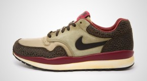 NIKE AIR SAFARI VNTG – BAMBOO/BLACK-BAROQUE BROWN-TEAM RED