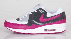 NIKE AIR MAX LIGHT – BRIGHT MAGENTA/WOLF GREY