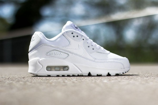 "Nike Air Max 90 ""Triple White"" 2"