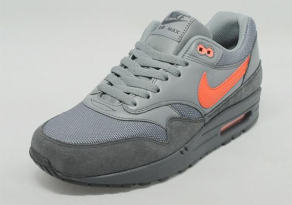 Nike Air Max 1 – Anthracite / Team Orange 2