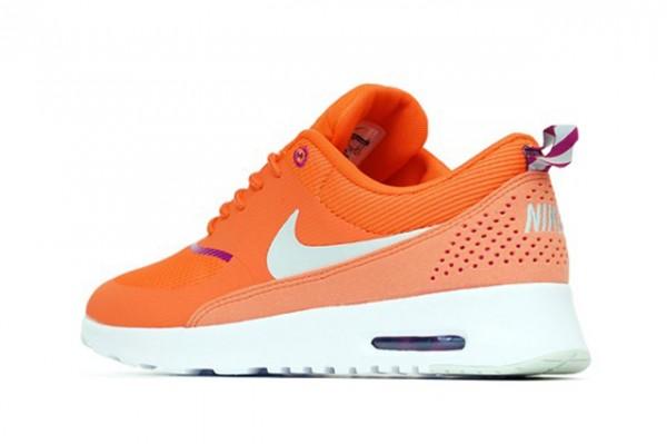 Nike Air Max Thea - Turf Orange/Bright Magneta 3