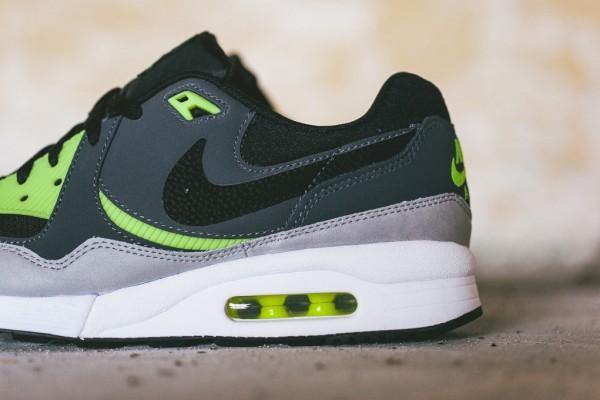 Nike Air Max Light Essential - Black/Dark Grey-Volt 3
