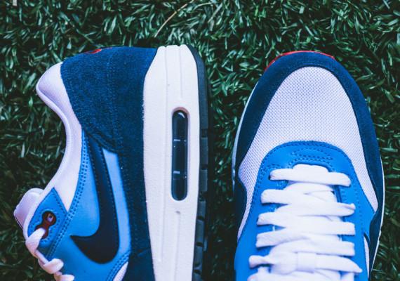 Nike Air Max 1 – White / Midnight Navy – University Blue 4