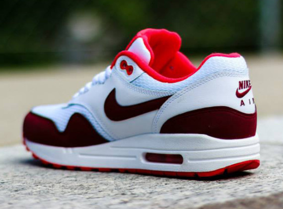 Nike WMNS Air Max 1 - White / Team Red- Action Red 5