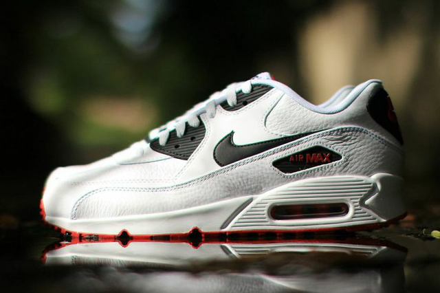 NIKE-AIR-MAX-90-LEATHER-BLACK-WHITE-RED-3