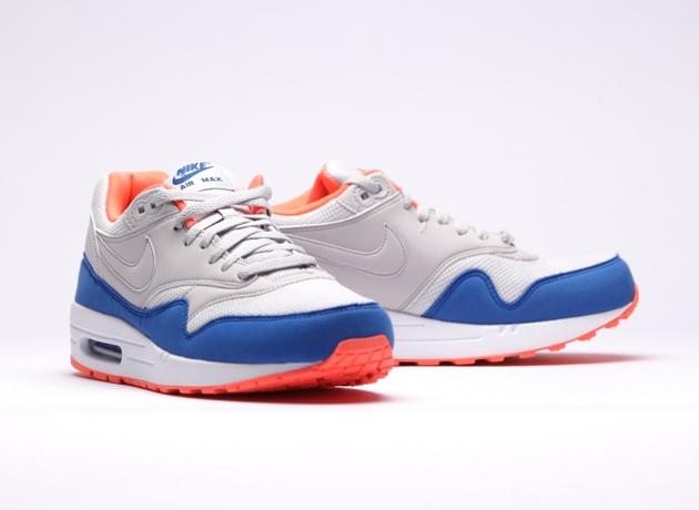 Nike-Air-Max-1-Essential-Light-Ash-Grey-Light-Ash-Grey-Hyper-2