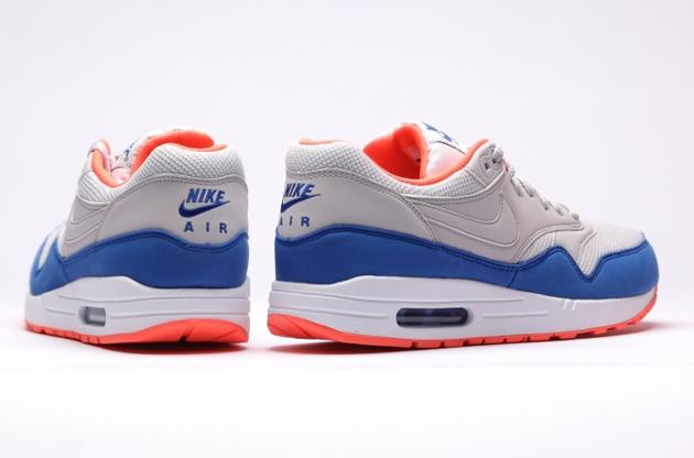 Nike-Air-Max-1-Essential-Light-Ash-Grey-Light-Ash-Grey-Hyper-3