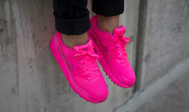 Nike-Air-Max-90-GS-Chewing-Gum-Pack-3