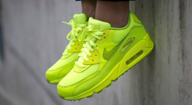 Nike-Air-Max-90-GS-Chewing-Gum-Pack-4