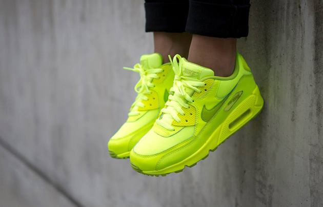 Nike-Air-Max-90-GS-Chewing-Gum-Pack-5