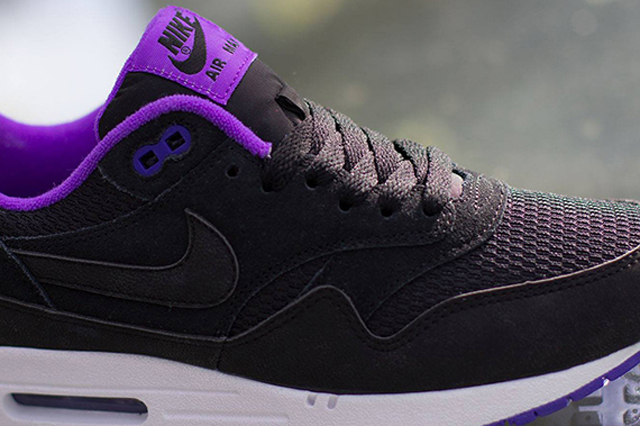 Nike-Womens-Air-Max-1-Essential-Black-Hyper-Grape-1