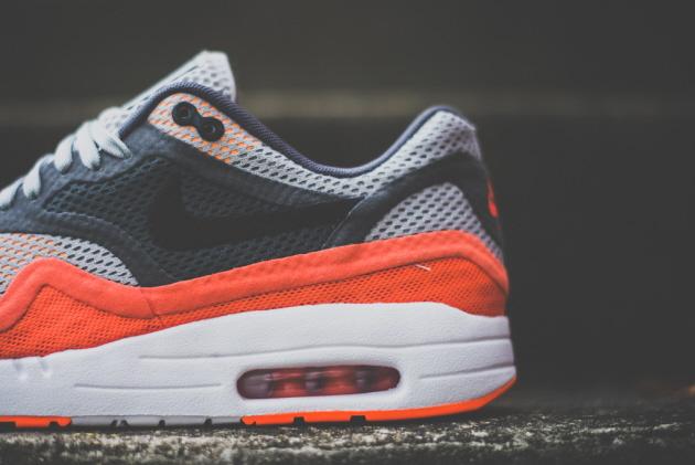Nike_Air_Max_1_Breathe_Orange_Sneaker_politics_3_1024x1024