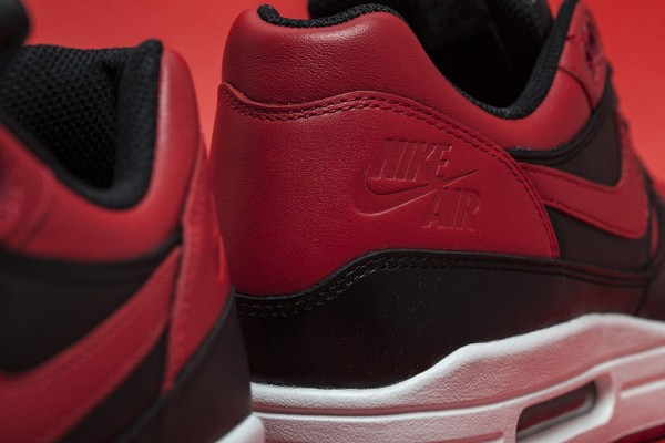 "Nike Air Max 1 ""Bred"" 4"