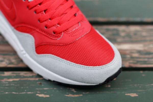 """Nike Air Max 1 """"Daring Red"""" 2"""