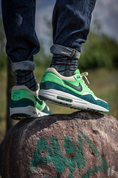 Nike Air Max 1 Essential - Birch/Dark Atomic Teal-Poison Green-Atomic Teal 2