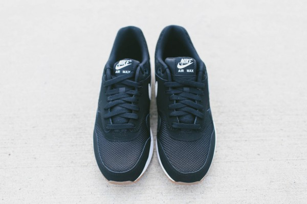 Nike Air Max 1 Essential - Black / White 5