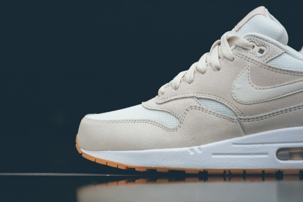 "Nike Air Max 1 Essential ""Phantom"" 4"
