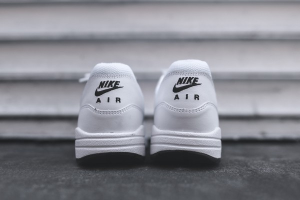Nike Air Max 1 Essential - White / Black 5