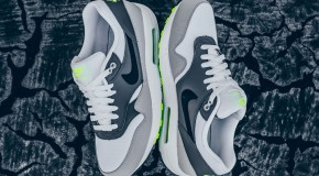 Nike Air Max 1 Essential – White/Black-Dark Grey-Wolf Grey-Volt