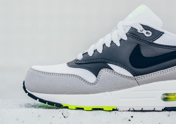 Nike Air Max 1 Essential - White/Black-Dark Grey-Wolf Grey-Volt 3