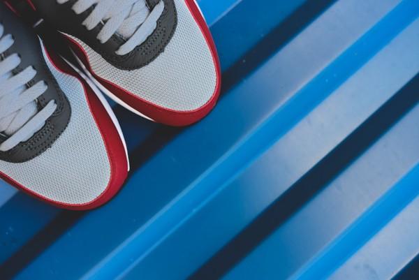Nike Air Max 1 Essential - Wolf Grey/Gym Red 5