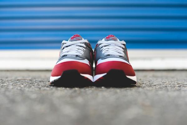 Nike Air Max 1 Essential - Wolf Grey/Gym Red 7