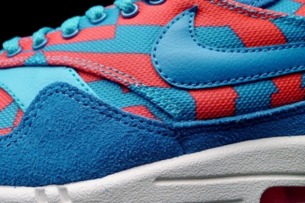 Nike Air Max 1 GPX - Blue Lagoon / Bright Crimson 2