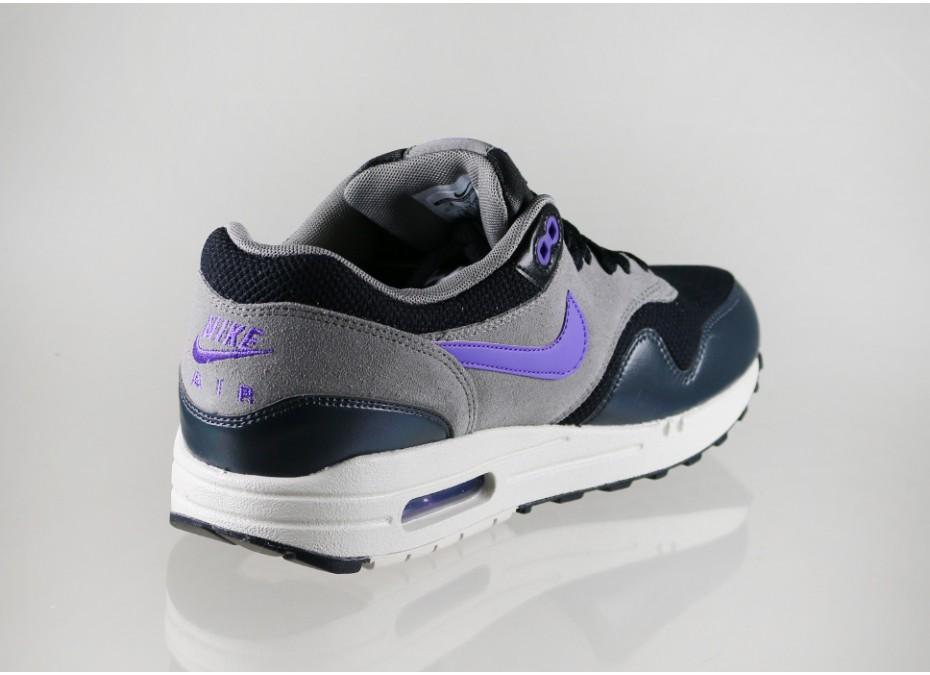 Nike-Air-Max-1-Hyper-Grape-3