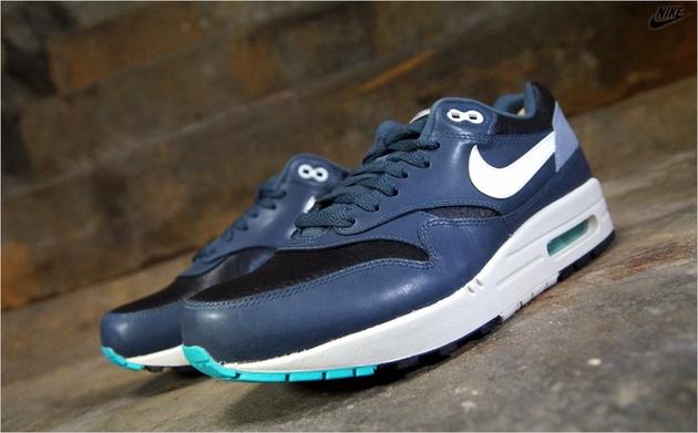 Nike-Air-Max-1-Leather-Black-Ivory-Dark-Magnet-Grey-1