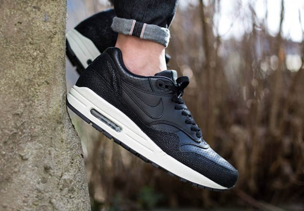 "Nike Air Max 1 Leather ""Caviar"" 2"