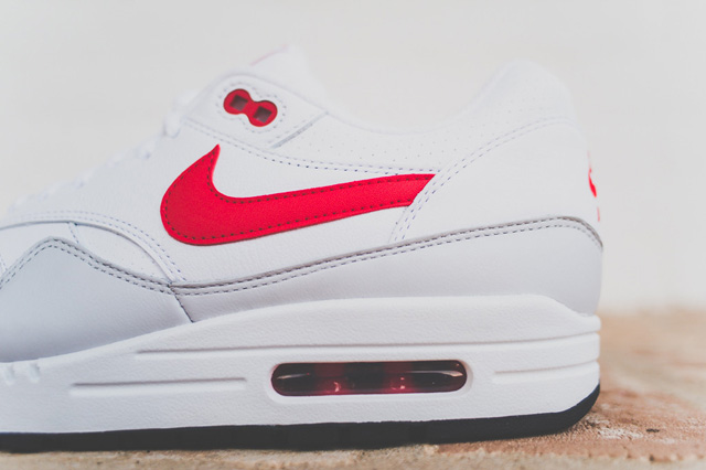 nike-air-max-1-leather-og-white-uni-red-1