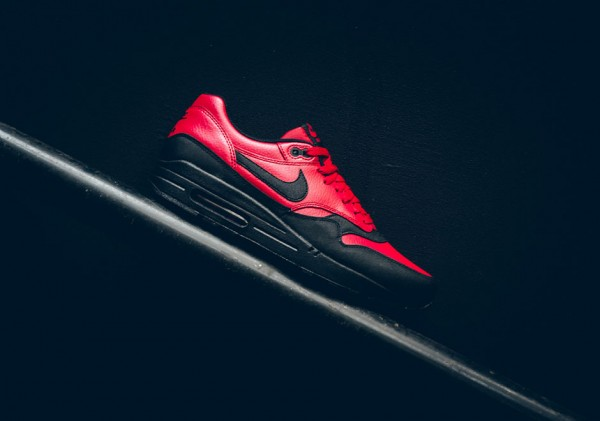Nike Air Max 1 LTR Premium - Gym Red/Black 2