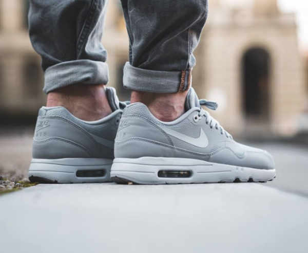 Nike Air Max 1 Ultra 2.0 Essential - Wolf Grey/Pure Platinum 3