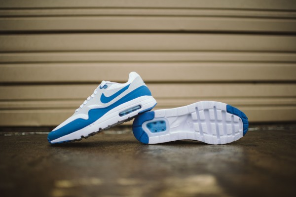 Nike Air Max 1 Ultra Essential - Varisty Blue/White 5