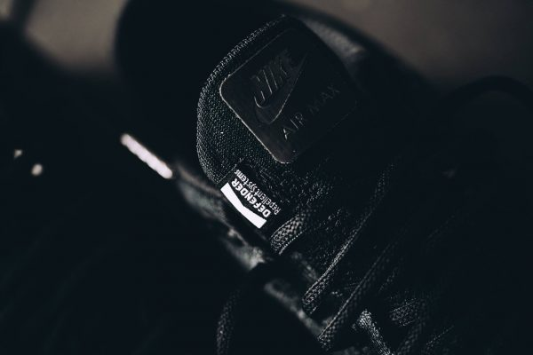 Nike Air Max 1 Ultra Flyknit - Triple Black 3