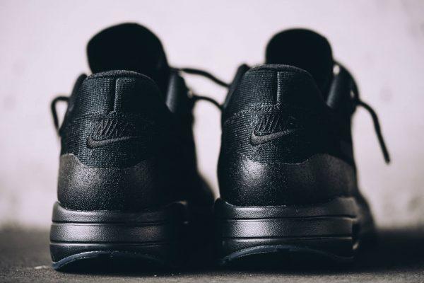Nike Air Max 1 Ultra Flyknit - Triple Black 5