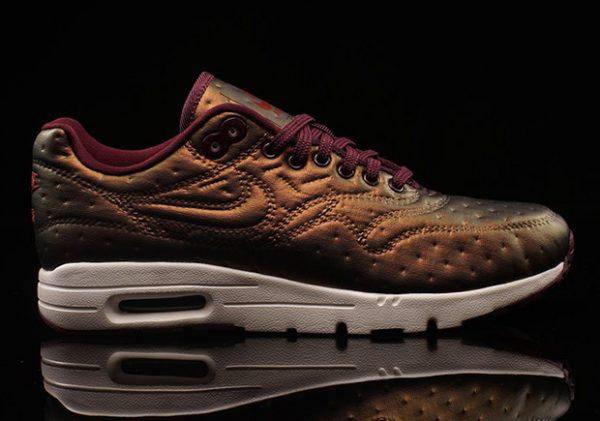 nike-air-max-1-ultra-jacquard-2