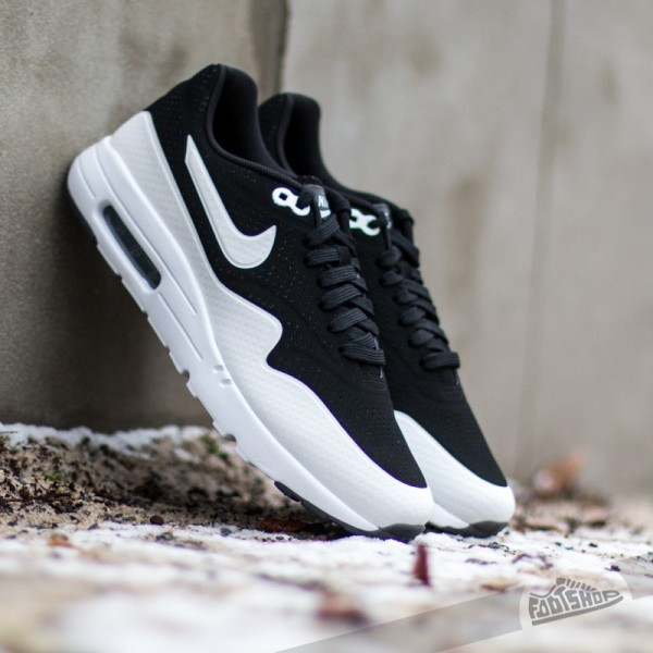 nike-air-max-1-ultra-moire-black-white-black