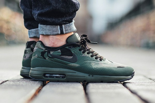 "Nike Air Max 1 Ultra Moire ""Green Camo"" 111"
