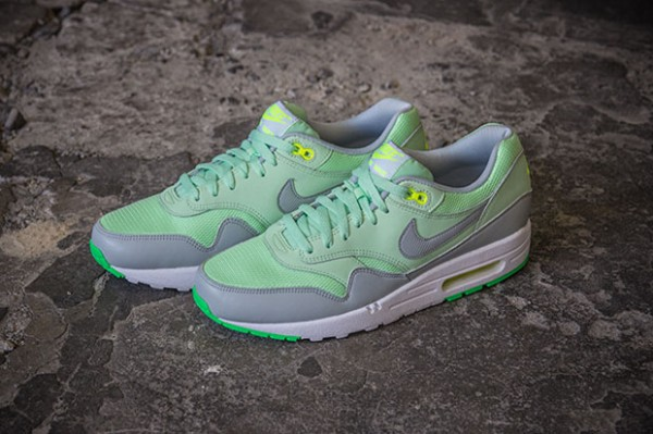 Nike Air Max 1 – Vapor Green / Mist Grey 2