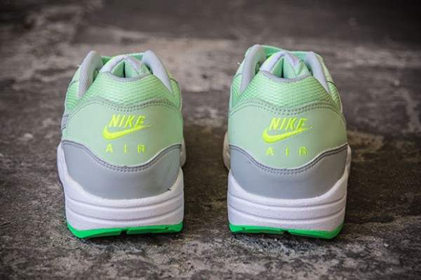 Nike Air Max 1 – Vapor Green / Mist Grey 3