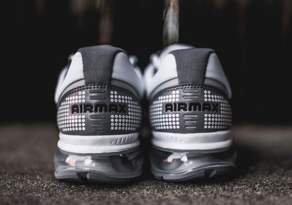 Nike Air Max 2009 - White/Black-Stealth 5