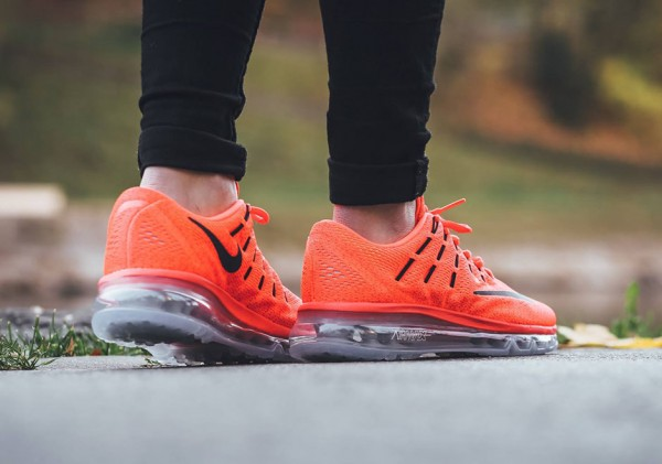 Nike Air Max 2016 GS - Bright Crimson/Black-Gym Red-Volt 3