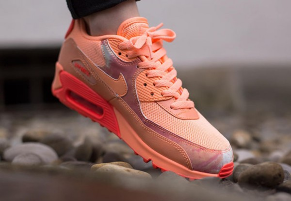 "Nike Air Max 90 ""Air Brush"" Pack - Sunset Glow 3"