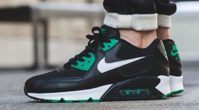Nike Air Max 90 Essential – Black/White-Lucid Green