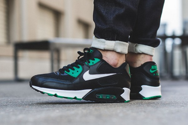 Nike Air Max 90 Essential - Black/White-Lucid Green 2