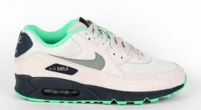 Nike Air Max 90 Essential – Light Bone / Jade Stone – Classic Charcoal