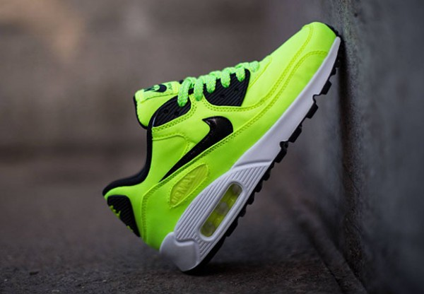 Nike Air Max 90 FB GS - Volt / Black - Electric Green - Liquid Lime 2