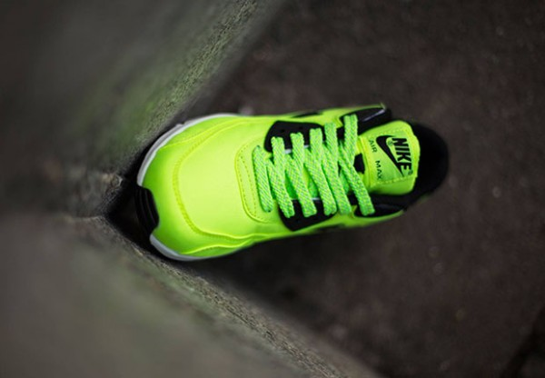 Nike Air Max 90 FB GS - Volt / Black - Electric Green - Liquid Lime 3